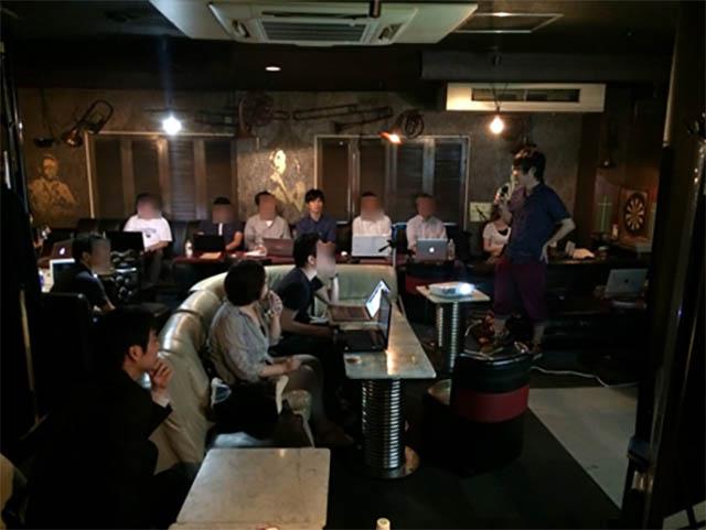 2017年7月 チャットボット製作講義風景 講師:Nakaya 会場:Andy(ジャズバー)